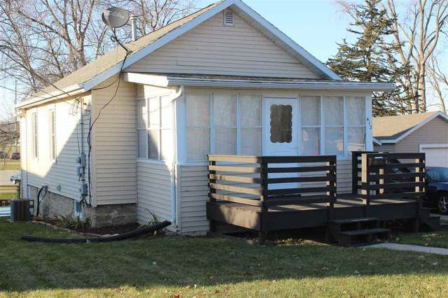 412 Fond Du Lac Street, Waupun, WI 53963 (#50233620) :: Town & Country Real Estate