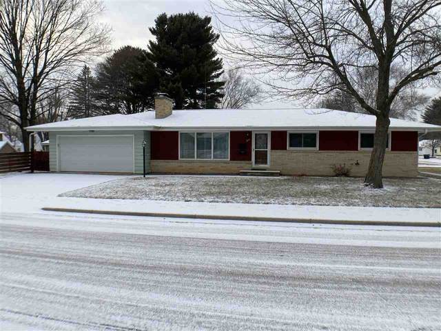 205 E Zingler Avenue, Shawano, WI 54166 (#50233675) :: Todd Wiese Homeselling System, Inc.