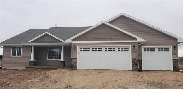 1871 Red Fox Lane, Kaukauna, WI 54130 (#50233704) :: Todd Wiese Homeselling System, Inc.