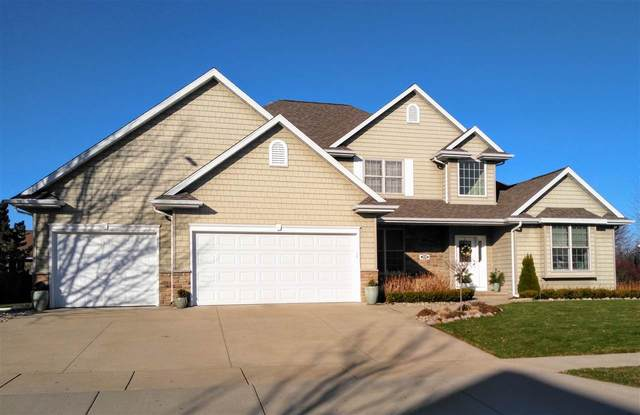 224 E Wentworth Lane, Appleton, WI 54913 (#50233719) :: Todd Wiese Homeselling System, Inc.
