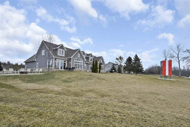 2929 Cove Road, Sturgeon Bay, WI 54235 (#50233732) :: Ben Bartolazzi Real Estate Inc