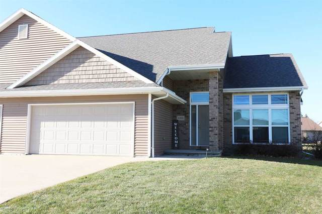 1200 Lavender Lane, Kimberly, WI 54136 (#50233738) :: Todd Wiese Homeselling System, Inc.