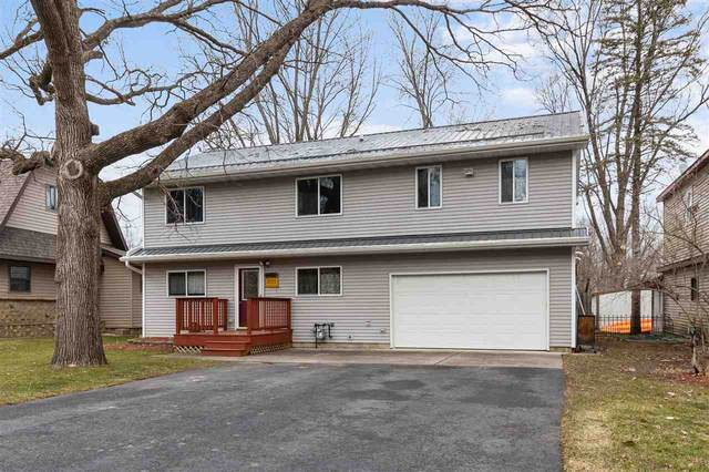 70 Woodlane Drive, New London, WI 54961 (#50233771) :: Todd Wiese Homeselling System, Inc.