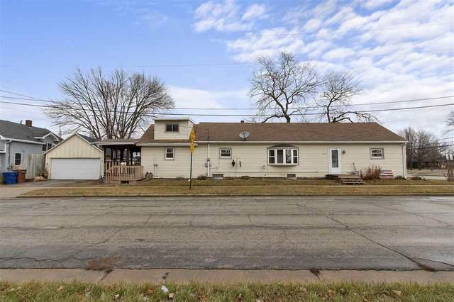 248 Lake Street, Menasha, WI 54952 (#50233775) :: Todd Wiese Homeselling System, Inc.