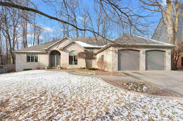 2070 Wintergreen Court, Green Bay, WI 54304 (#50233858) :: Dallaire Realty