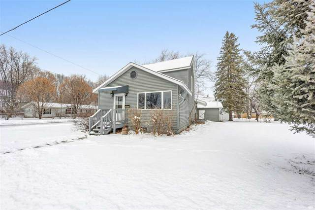 803 E Maurer Street, Shawano, WI 54166 (#50233880) :: Todd Wiese Homeselling System, Inc.