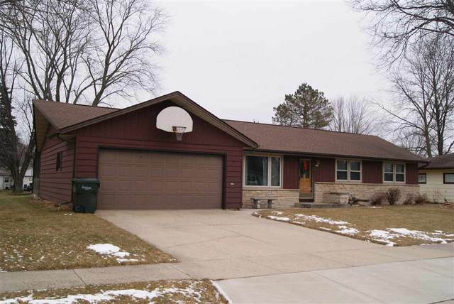 242 Grand Avenue, Brillion, WI 54110 (#50233903) :: Dallaire Realty