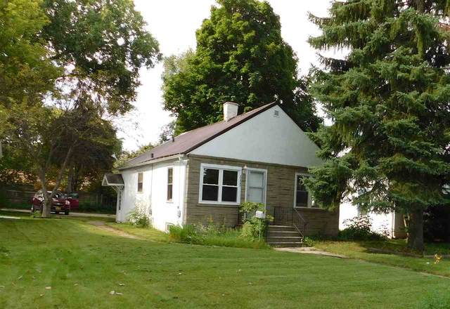 1367 W Mason Street, Green Bay, WI 54303 (#50233976) :: Dallaire Realty
