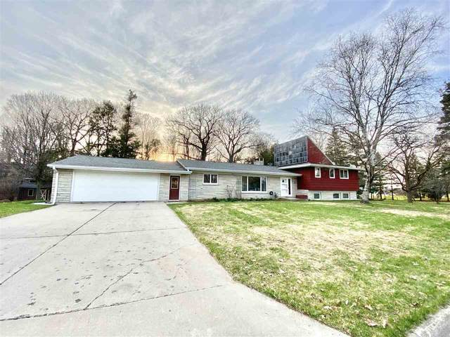 407 3RD Street, Luxemburg, WI 54217 (#50234029) :: Town & Country Real Estate