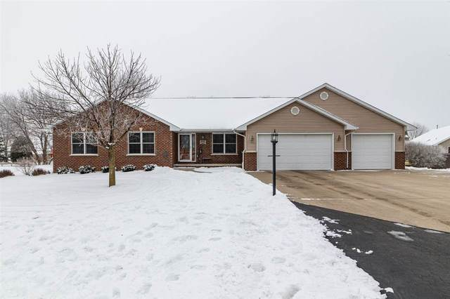 3024 Holly Court, Oshkosh, WI 54904 (#50234069) :: Dallaire Realty