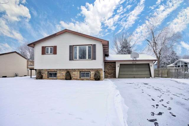 2232 Cortland Drive, Appleton, WI 54914 (#50234112) :: Dallaire Realty