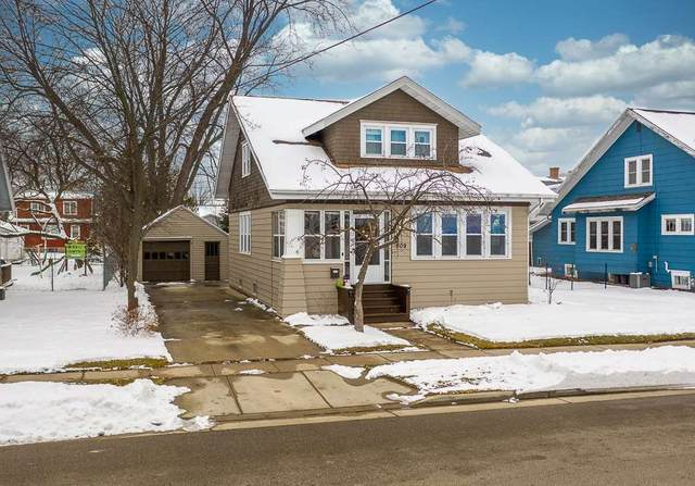 809 Higgins Avenue, Neenah, WI 54956 (#50234148) :: Dallaire Realty