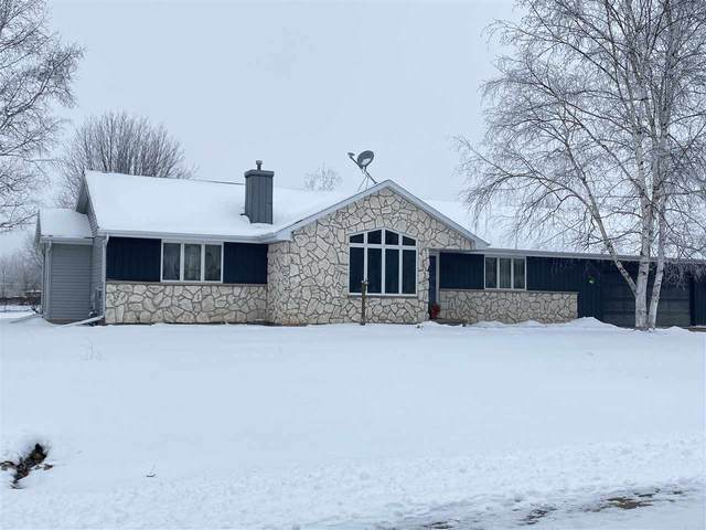 1833 Westbreeze Drive, Oshkosh, WI 54904 (#50234150) :: Dallaire Realty