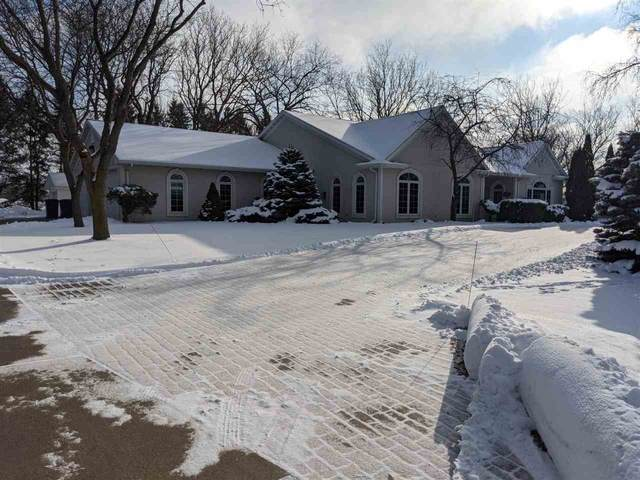3333 Glenmore Road, Green Bay, WI 54311 (#50234168) :: Todd Wiese Homeselling System, Inc.