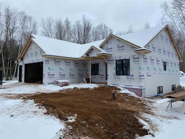 4725 Lost Creek Lane, Suamico, WI 54313 (#50234175) :: Ben Bartolazzi Real Estate Inc
