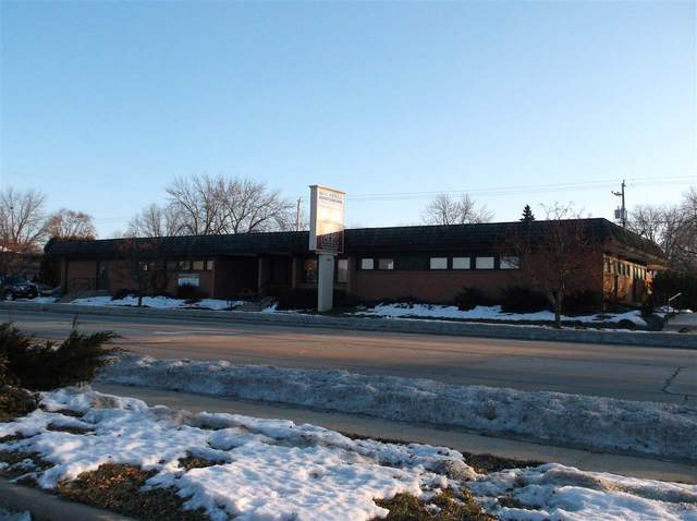1416 S Commercial Street, Neenah, WI 54956 (#50234178) :: Todd Wiese Homeselling System, Inc.