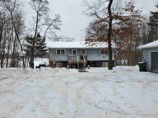N3128 N Silver Lake Drive, Waupaca, WI 54981 (#50234182) :: Town & Country Real Estate