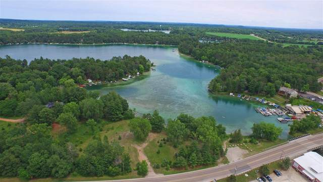 Hwy Q, Waupaca, WI 54981 (#50234211) :: Dallaire Realty