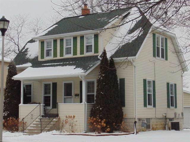 389 4TH Street, Fond Du Lac, WI 54935 (#50234274) :: Todd Wiese Homeselling System, Inc.