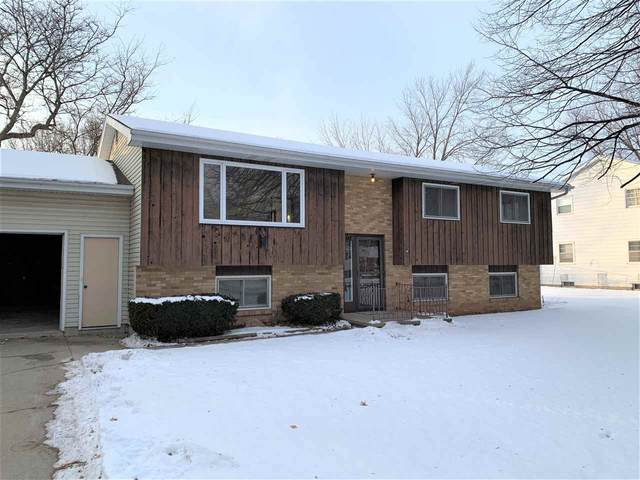117 Cumings Lane, Neenah, WI 54956 (#50234333) :: Todd Wiese Homeselling System, Inc.
