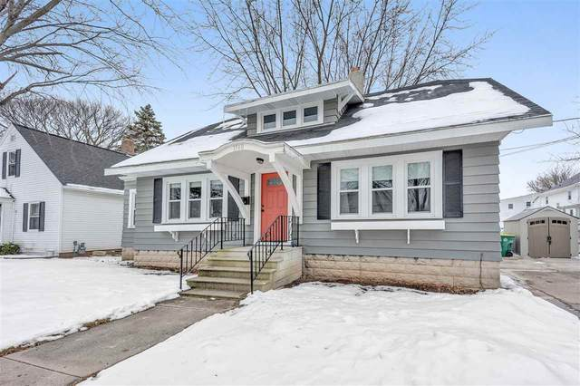 1560 Proper Street, Green Bay, WI 54302 (#50234366) :: Todd Wiese Homeselling System, Inc.