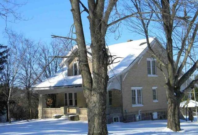 W8990 Cottonville Drive, Wautoma, WI 54982 (#50234372) :: Dallaire Realty