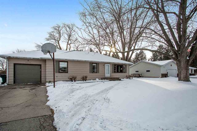 2715 W 1ST Avenue, Appleton, WI 54914 (#50234410) :: Dallaire Realty