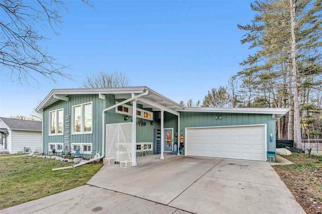 1107 Sunnyfield Court, Marinette, WI 54143 (#50234419) :: Dallaire Realty