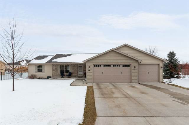 1141 Birling Drive, Menasha, WI 54952 (#50234422) :: Todd Wiese Homeselling System, Inc.