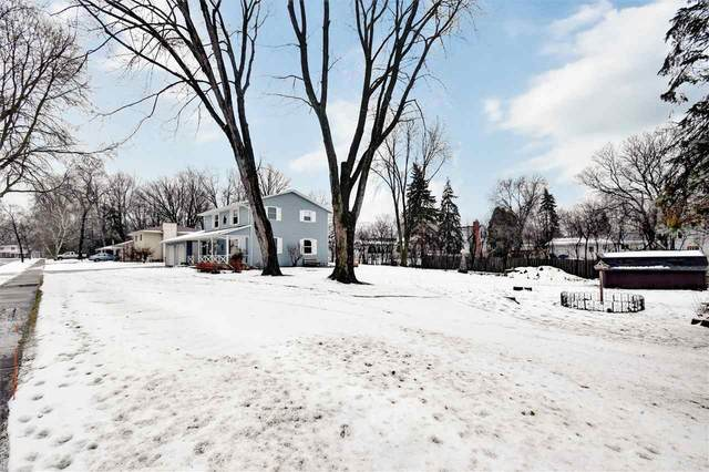 743 Azalea Trail, De Pere, WI 54115 (#50234428) :: Ben Bartolazzi Real Estate Inc