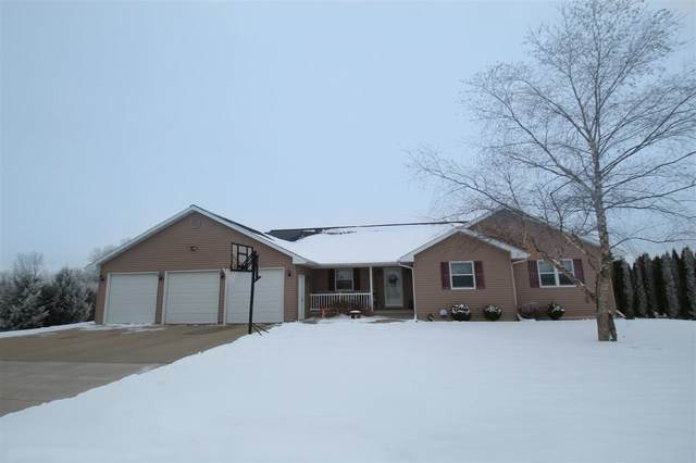 N7614 Country Creek Lane, Beaver Dam, WI 53916 (#50234548) :: Dallaire Realty