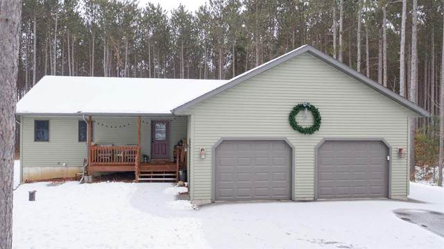 10954 Tall Oak Court, Waupaca, WI 54981 (#50234571) :: Town & Country Real Estate