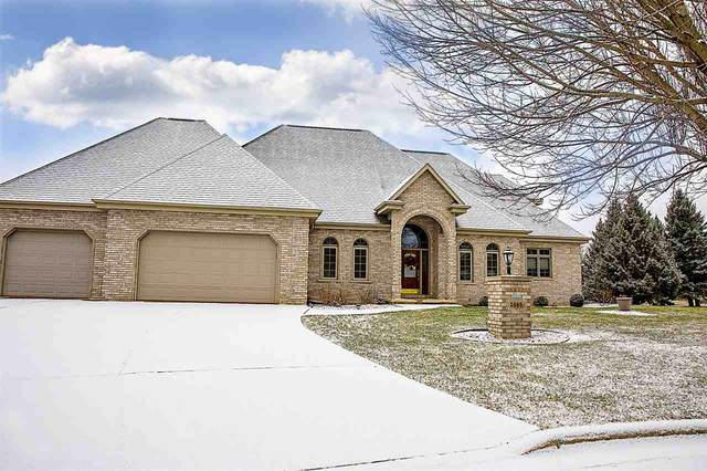 2865 Castlebar Court, Green Bay, WI 54313 (#50234578) :: Todd Wiese Homeselling System, Inc.