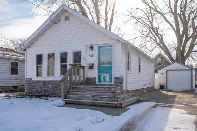 813 W 6TH Avenue, Oshkosh, WI 54902 (#50234597) :: Todd Wiese Homeselling System, Inc.