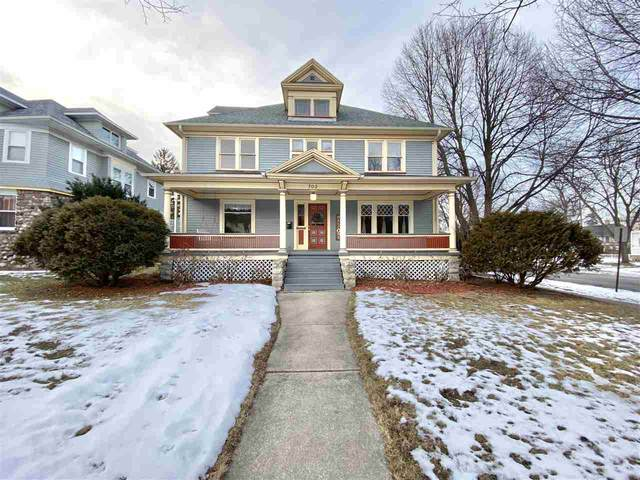 702 S Quincy Street, Green Bay, WI 54301 (#50234606) :: Dallaire Realty