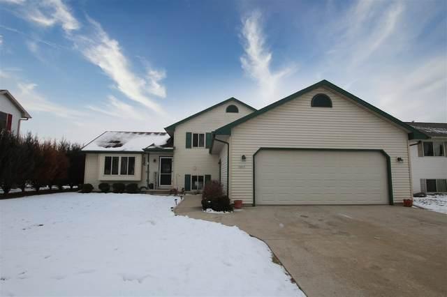 3257 Isaac Lane, Oshkosh, WI 54902 (#50234616) :: Town & Country Real Estate