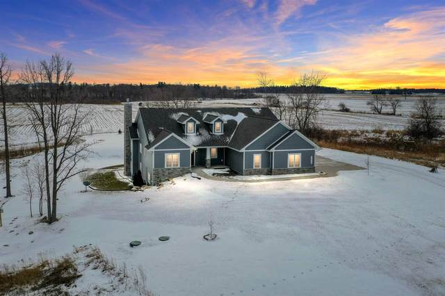 3672 Park Road, Greenleaf, WI 54126 (#50234622) :: Dallaire Realty
