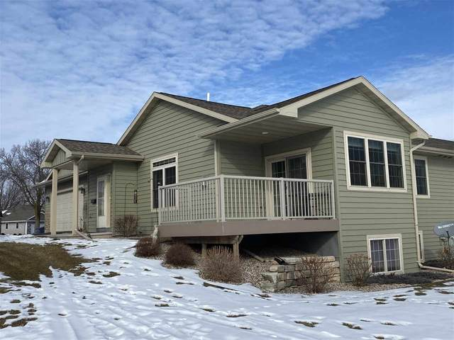 1250 Cameron Circle, Neenah, WI 54956 (#50234628) :: Todd Wiese Homeselling System, Inc.