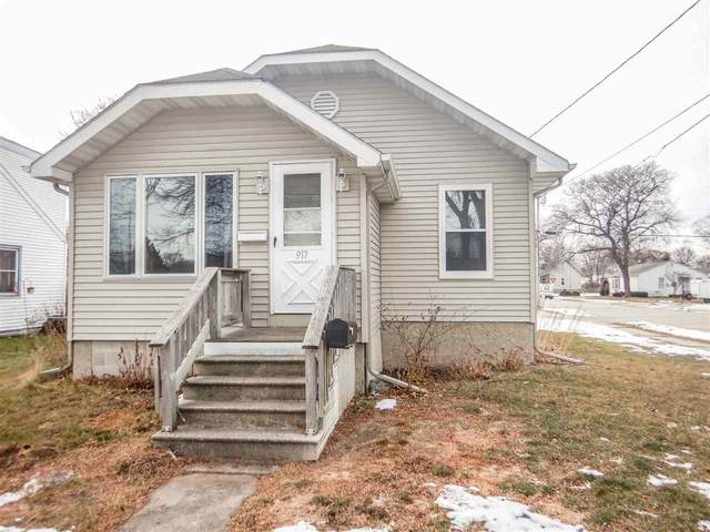 917 Lincoln Street, Green Bay, WI 54303 (#50234647) :: Dallaire Realty