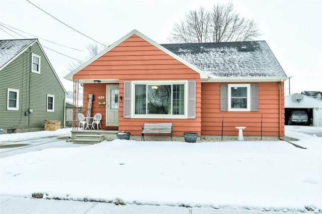 439 W 5TH Street, Oshkosh, WI 54902 (#50234681) :: Carolyn Stark Real Estate Team