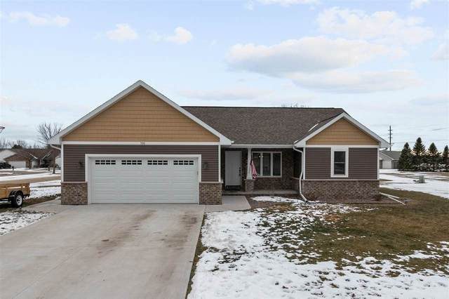 530 Dogwood Court, New London, WI 54961 (#50234686) :: Todd Wiese Homeselling System, Inc.
