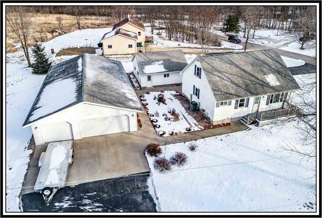 736 S River Road, Fremont, WI 54940 (#50234696) :: Dallaire Realty