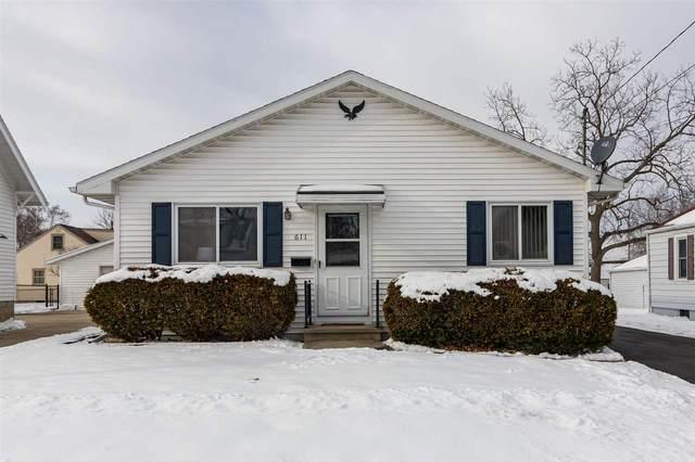 611 N Lark Street, Oshkosh, WI 54902 (#50234703) :: Carolyn Stark Real Estate Team