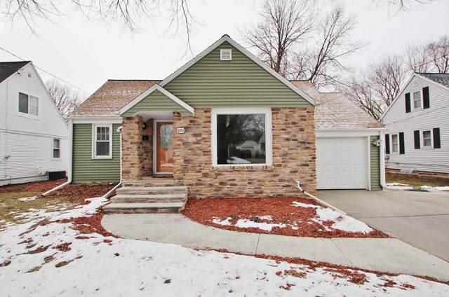 893 Langlade Avenue, Green Bay, WI 54304 (#50234704) :: Carolyn Stark Real Estate Team