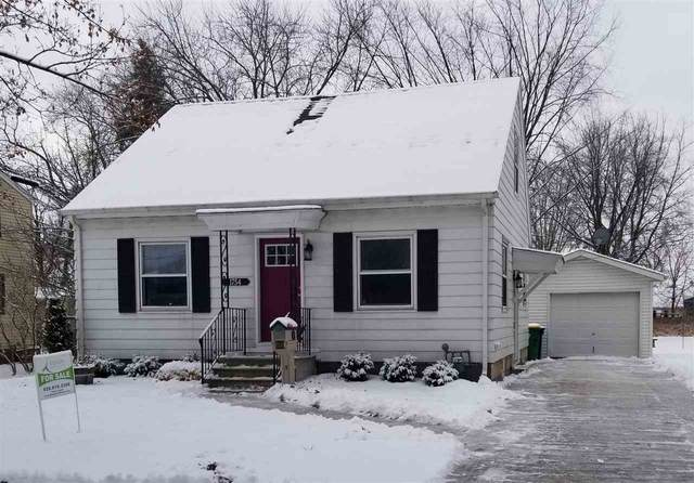 1754 Lost Lane, Green Bay, WI 54302 (#50234728) :: Carolyn Stark Real Estate Team