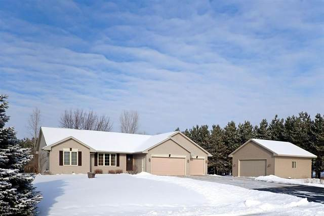 223 Sunset Circle, Pulaski, WI 54162 (#50234747) :: Town & Country Real Estate