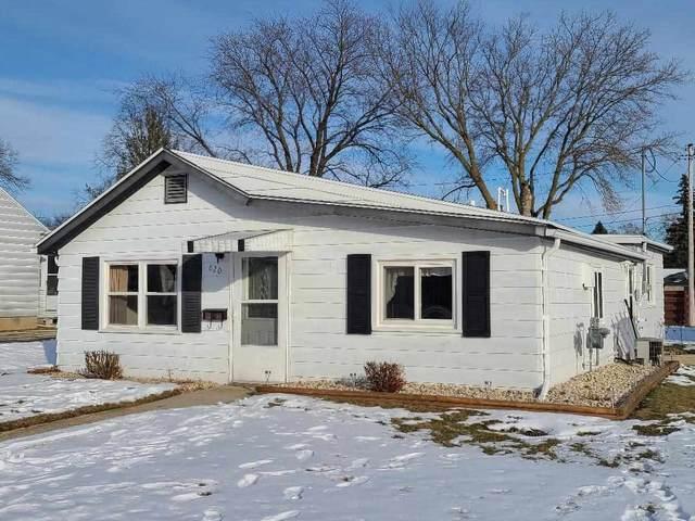 820 Bechaud Avenue, North Fond Du Lac, WI 54937 (#50234772) :: Carolyn Stark Real Estate Team