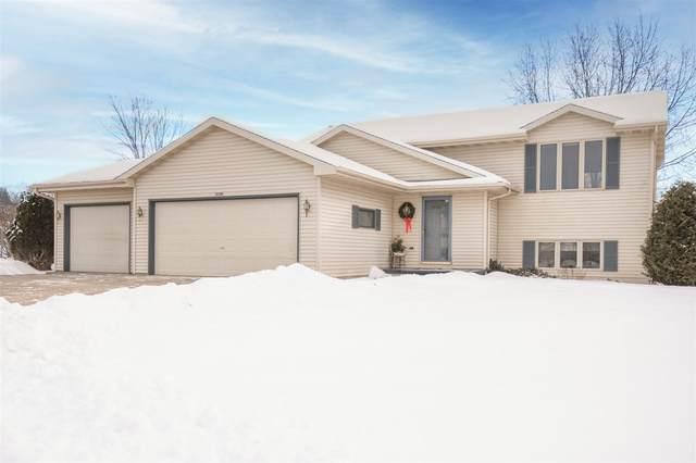 3136 Cutter Court, Oshkosh, WI 54904 (#50234811) :: Carolyn Stark Real Estate Team