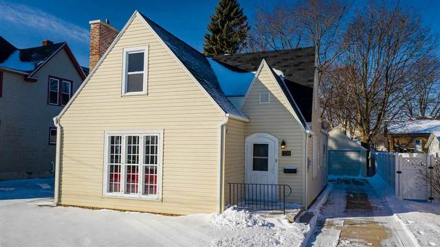 1108 N 8TH Street, Manitowoc, WI 54220 (#50235042) :: Town & Country Real Estate