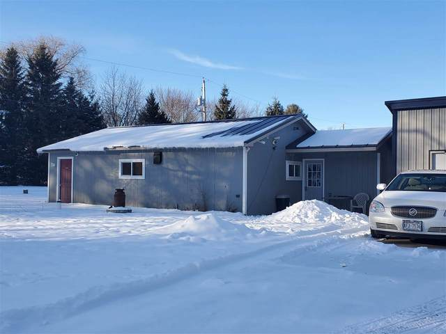 E2021 King Road, Waupaca, WI 54981 (#50235077) :: Town & Country Real Estate